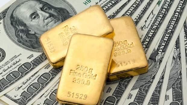 Золотая пора: дедолларизация может обогатить инвесторов в драгметалл