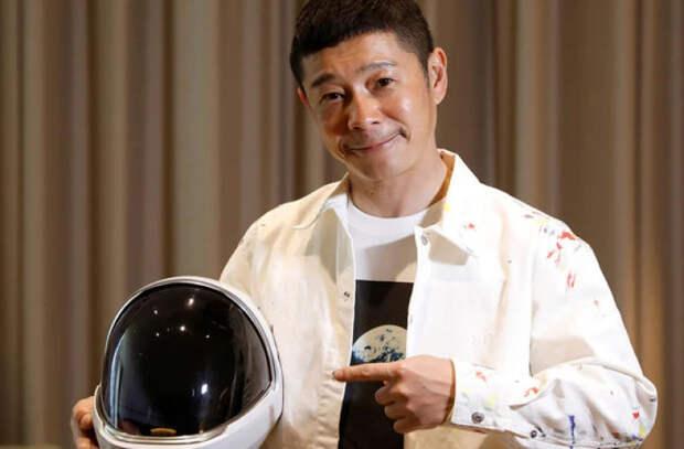 Планирующий полет к Луне японский миллиардер полетит к МКС в конце года