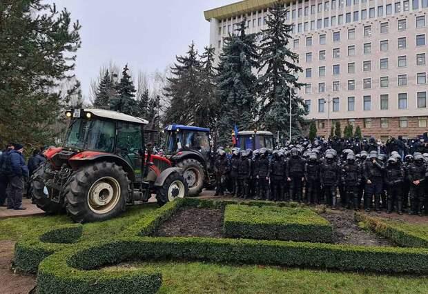 Ситуация в Молдове развивается по наихудшему сценарию