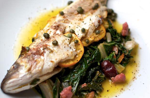 Запекаем рыбу: 12 способов улучшить укус