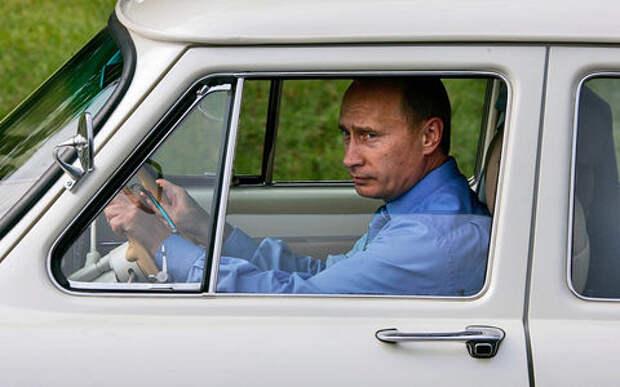 «Хочу как у Путина!»: на чем ездят чиновники