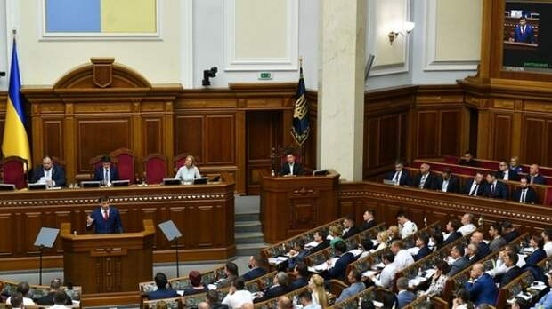 В Раде рассмотрят закон, обязывающий депутатов проходить нарколога и психиатра