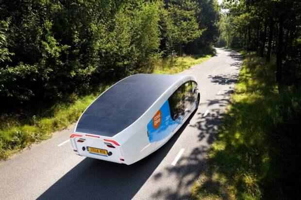 Студенты из Нидерландов создали дом на колесах на солнечных батареях (видео)