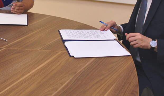 В главном тюменском департаменте острая нехватка руководителей и главных специалистов