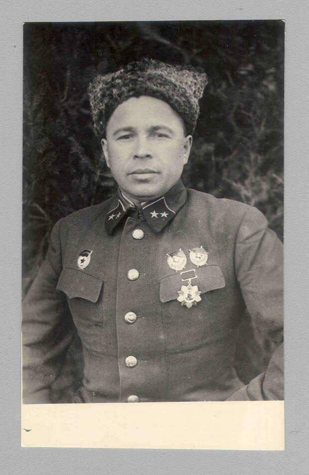 Лица Парада Победы. Истории героев, прошедших по Красной площади