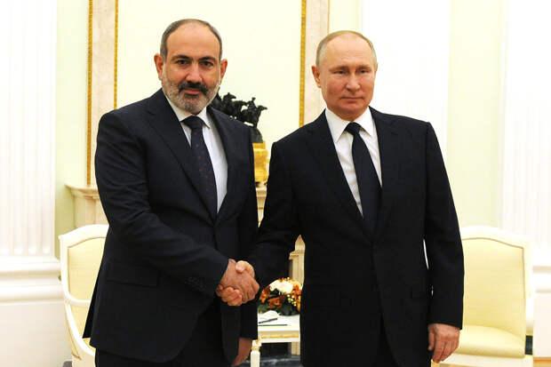 Пашинян запросил у Путина военную помощь