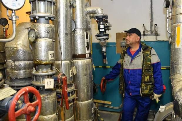 Зачем в жилых домах ЮВАО ежегодно отключают горячую воду?