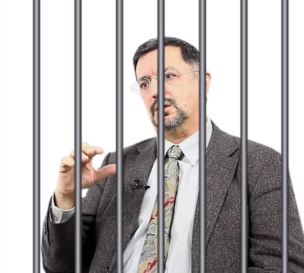 Одним меньше: профессора Гусейнова уволили из ВШЭ, светит уголовка