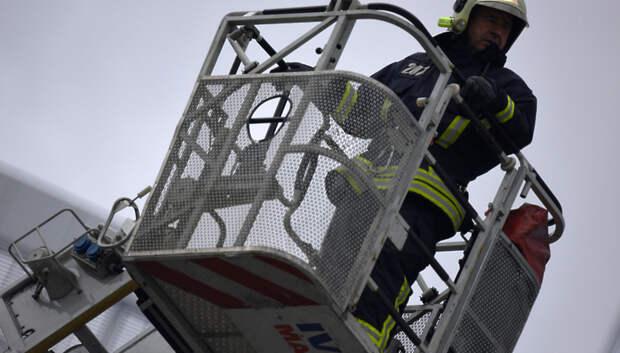 Пожарные потушили возгорание на Флотском проезде в Подольске