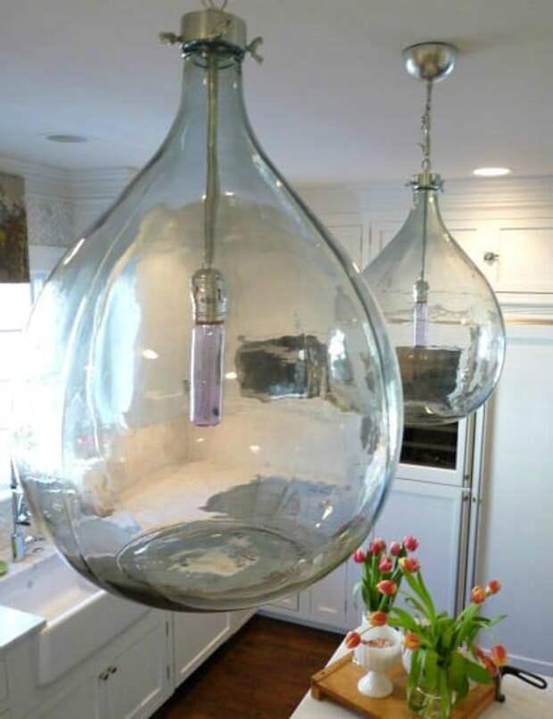 Как преобразить интерьер при помощи стеклянных бутылок