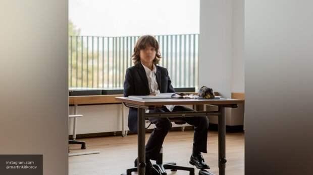 Филипп Киркоров показал фото стильно одетых детей из элитной школы