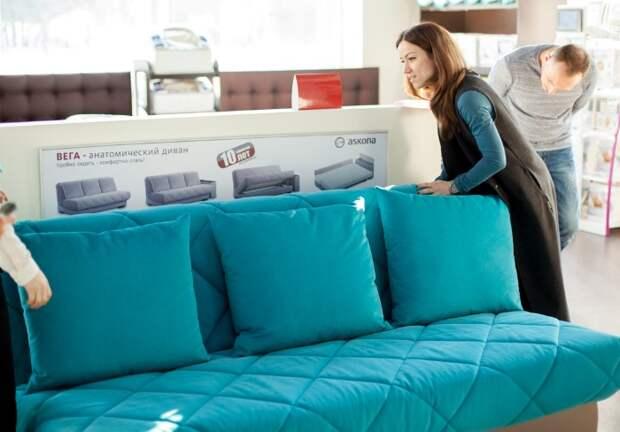 7 «секретов» диванов, о которых продавцы мебели стараются умолчать