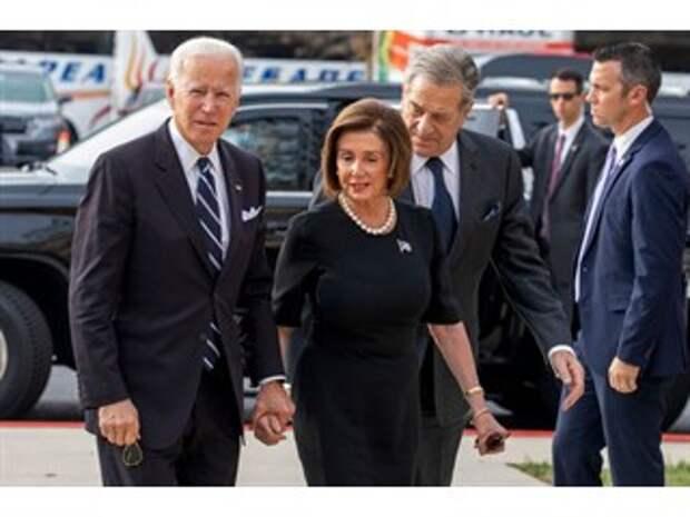"""В США началась """"величайшая охота на ведьм"""": ТНК чистят тылы и переформатируют мировые союзы"""