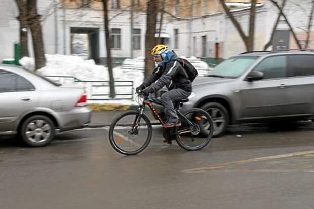 Привидения на колесах: как прошла акция «На работу на велосипеде»
