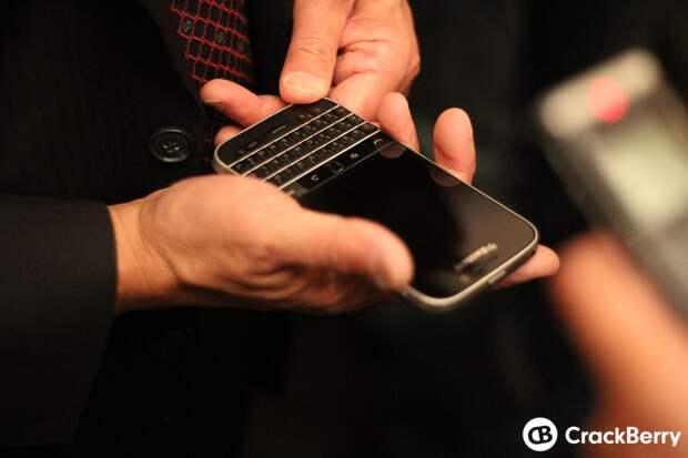 Фото дня: BlackBerry познакомила со своими новыми смартфонами Passport и Classic