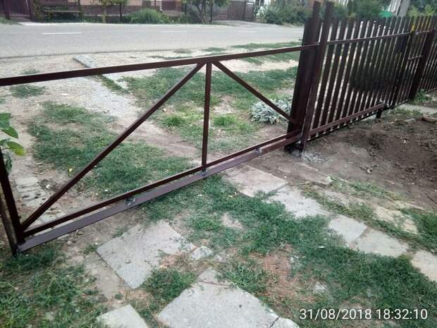 Самодельные откатные ворота