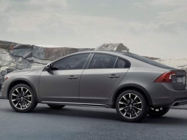 В Volvo удивили вседорожным седаном S60 Cross Country