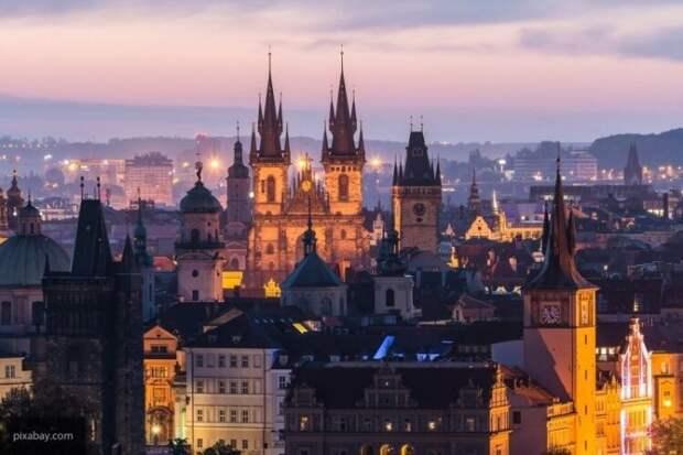 Пивонька заявил, что Москва не разъяснила Праге порядок работы посольства