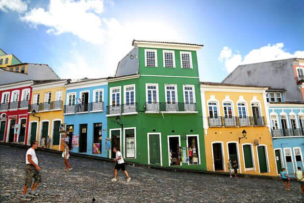 Ларго до Пелуринхо - памятник португальской колониальной архитектуры в Сальвадоре, Бразилия красота, путешествия, фото