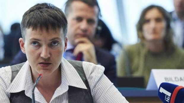 Политолог объяснил, зачем Савченко пугает Канаду русскими танками в Лондоне