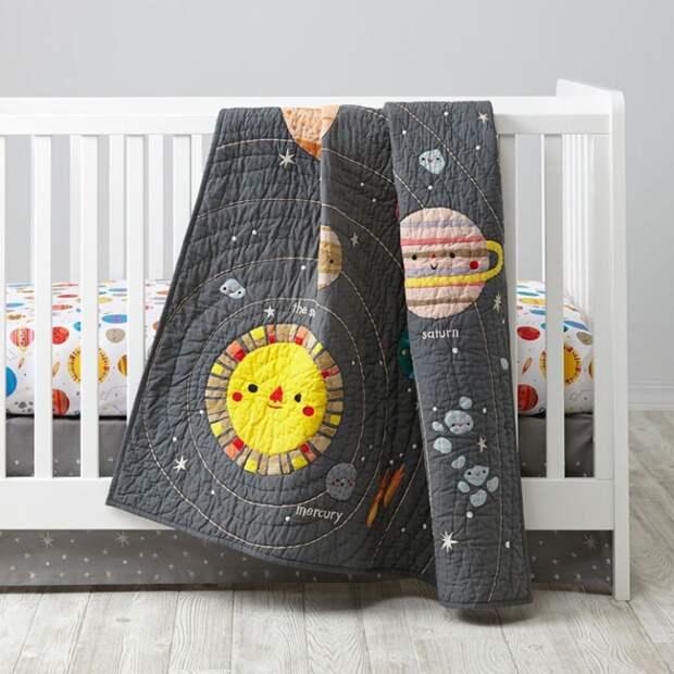 космос и ракеты планеты в детской комнате звезды