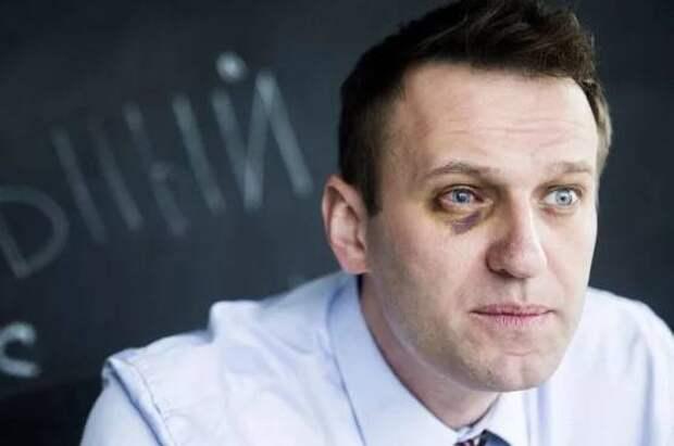 Щедрость, которой Навальный не достоин. Евгений Пригожин перевел миллион на лечение блогера в «Шарите»