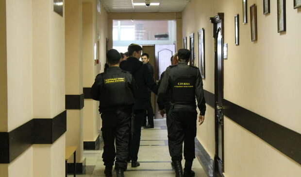 Все имущество арестовали у жителя Карелии за долги в 8 млн рублей
