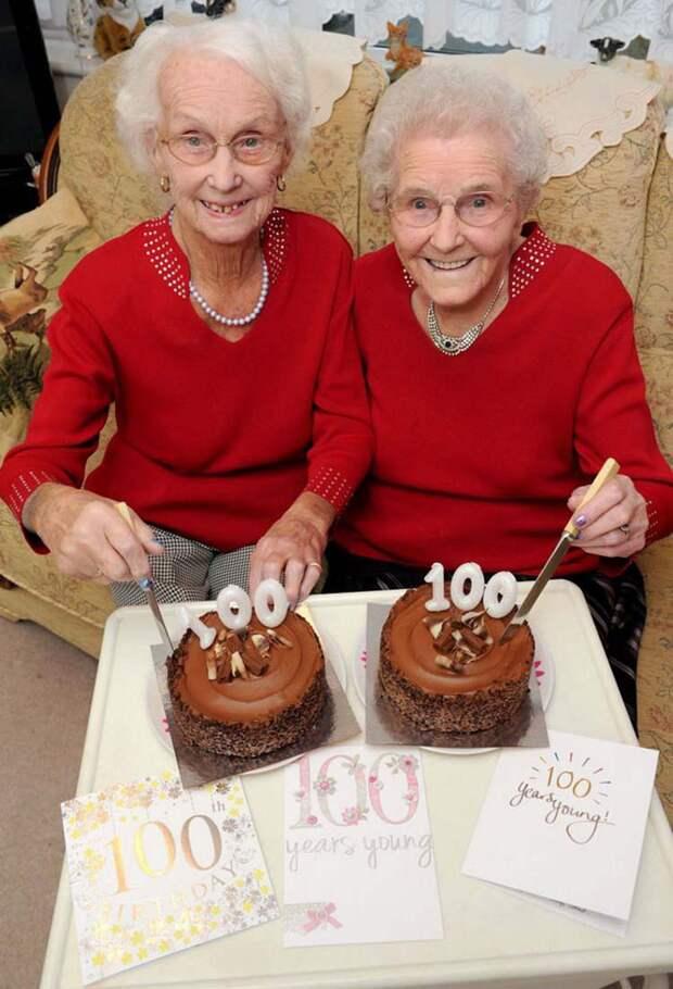 twin-sisters-celebrate-100th-birthday-irene-crump-phyllis-jones-vinegret-2