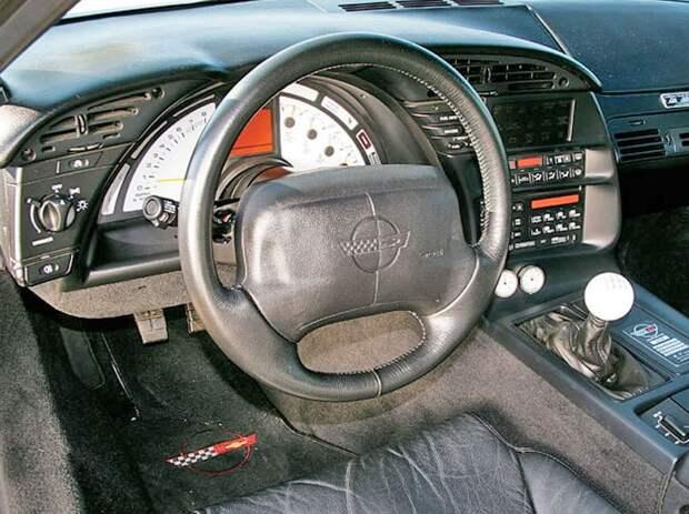 Автомобиль из 1988 года и задним приводом, который был быстрее, чем Bugatti Veyron.