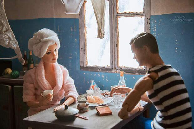 Барби и Кен в коммуналке: фотограф представила, как бы жили куклы в СССР