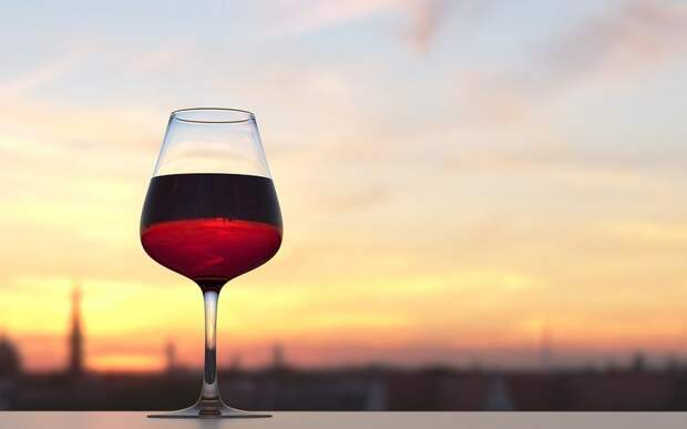 Рязанку привлекут к ответственности за нелегальную продажу алкоголя