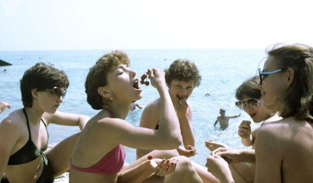 Как проходил пляжный отдых вСССР