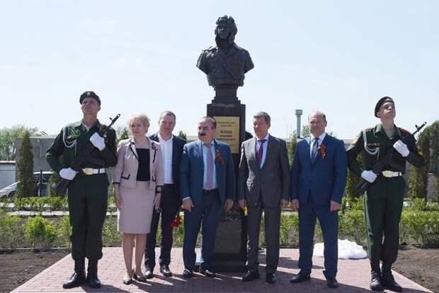 В Ростове провели ещё один парад в честь Дня Победы