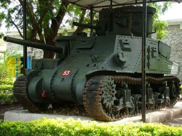 M3 Grant CDL Кавалерийского танкового музея в Ахмеднагаре. | Фото: tanks-encyclopedia.com.