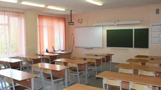 """В """"заминированной"""" казанской гимназии №27 сработал пожарная сигнализация"""