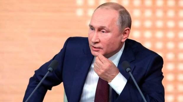 Путин поручил упростить порядок привлечения мигрантов на стройки