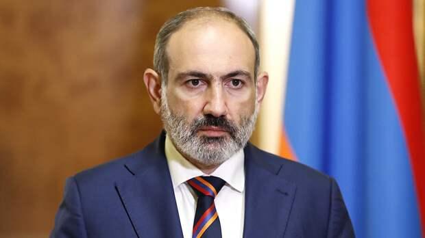 Пашинян запросил у России военную помощь в связи с ситуацией в Сюникской области