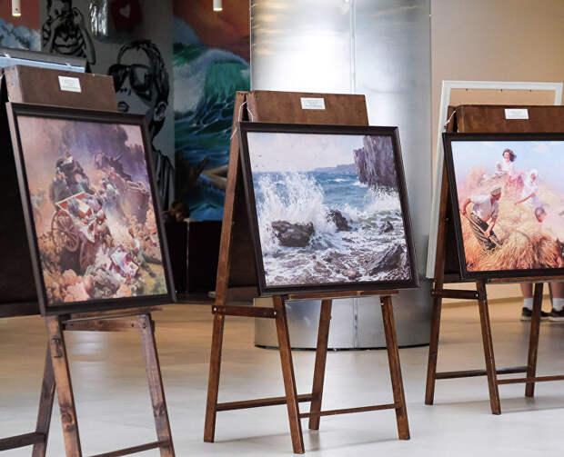 К юбилею художника Юрия Волкова: новая выставка в аэропорту Симферополь