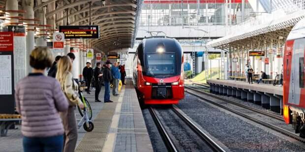 Тестовый двухэтажный поезд начал курсировать через МЦК «Коптево»