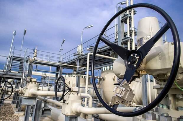 Меркель сравнила газ «Северного потока – 2» с другим российским топливом