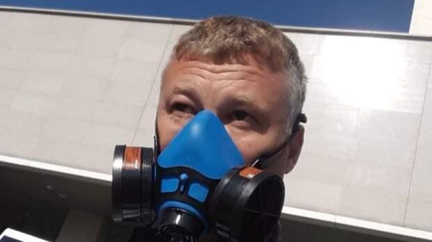 Юрист вышел на пикет против захоронения токсичных отходов под Владивостоком