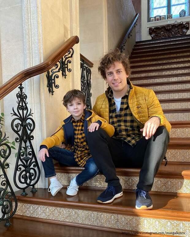 Сын Максима Галкина показала своего нового друга (видео)