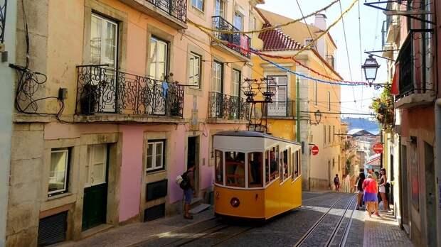 Португалия может разрешить въезд туристам из большинства европейских стран
