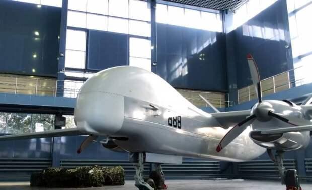 Сможет ли наш «Альтиус» потеснить американский RQ-4 Global Hawk