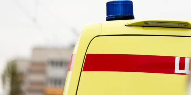 Легковушка столкнулась с уборочной машиной на МКАД, три человека погибли