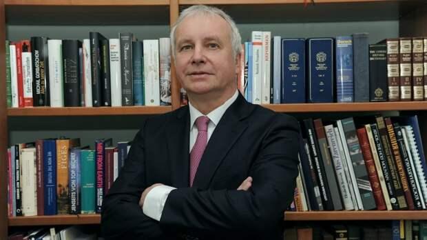 Политолог Рар объяснил, почему ЕС не проявил солидарность с Чехией
