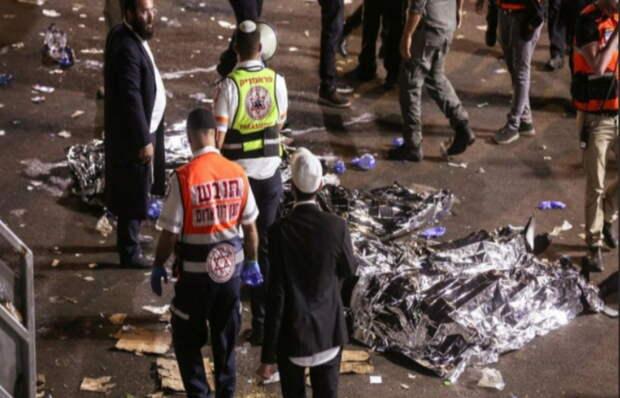 Растет число пострадавших в результате обрушения трибуны в Израиле