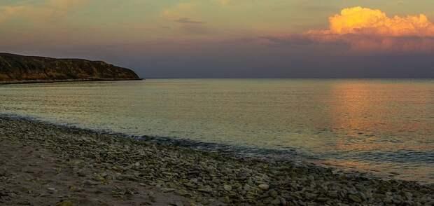 Во время купания в море возле Николаевки погиб подросток