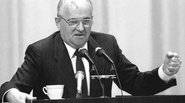 Русские должны быть благодарны Горбачёву: Сатановский перечислил заслуги экс-президента СССР