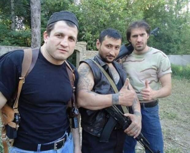 """Эркин Исманов (""""Кедр"""") в ополчении ДНР, 2014"""